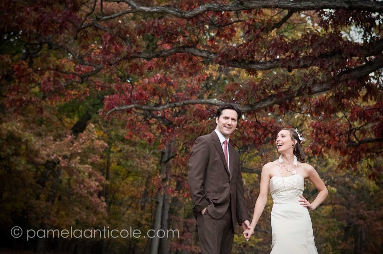 bride and groom, fall foliage, hartwood acres wedding photos, pittsburgh wedding photos, bride laughing, steve dietz photography, erica dietz photography