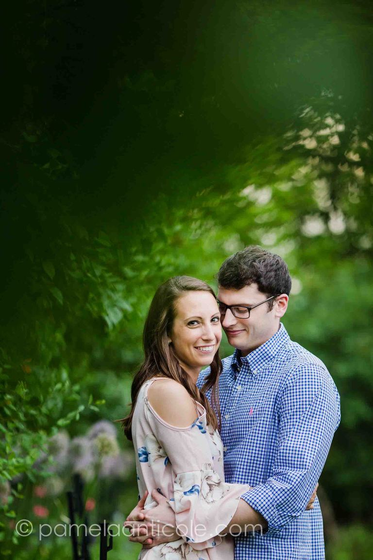 experienced pittsburgh wedding photographer, relaxed engagement photos in pittsburgh, relaxed wedding photos, hartwood acres engagement session